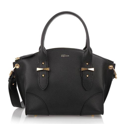 经典款女士牛皮手提包,设计经典搭配金属logo点缀彰显时尚