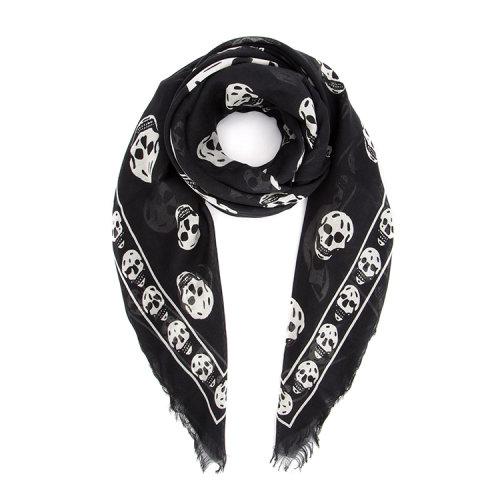 时尚男士莫代尔真丝混纺围巾,骷髅图案印花,设计独特,款式新潮
