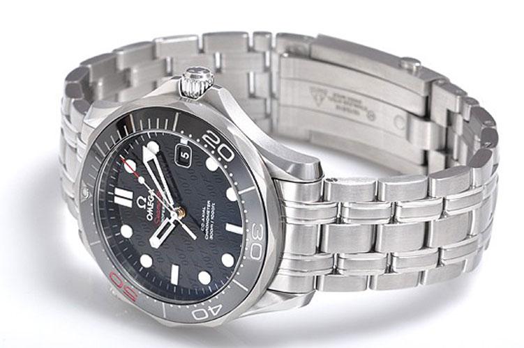omega(欧米茄)海马系列007五十周年限量版男士机械腕表生产厂家 ,买图片