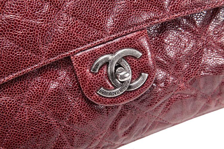 chanel(香奈儿) 酒红色复古款皮质斜挎包