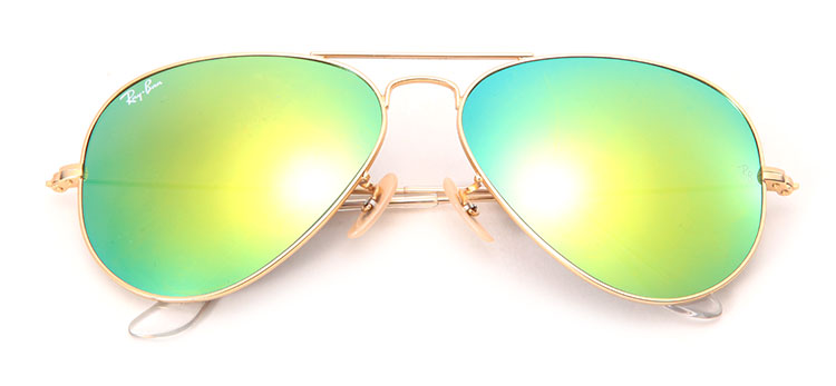 金色边框绿色镜