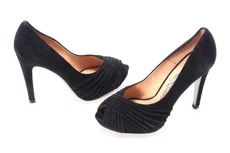 37.5哪里最好 买Ferragamo 菲拉格慕女士鱼嘴鞋 37.5要注意什么,