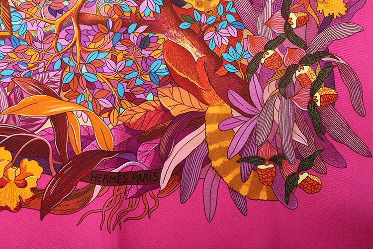 hermes(爱马仕) 粉色系森林动物图案丝巾90图片