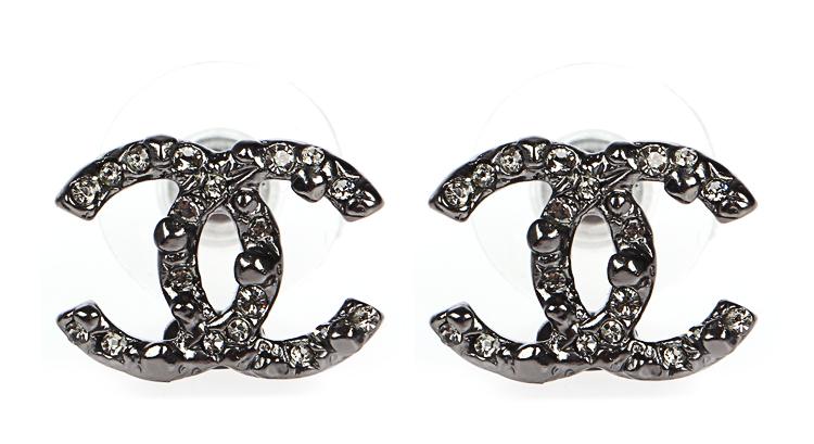 chanel(香奈儿) 铁灰色镶水钻双c耳钉图片