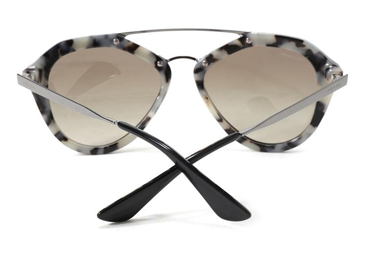 #黑白花纹边框太阳镜