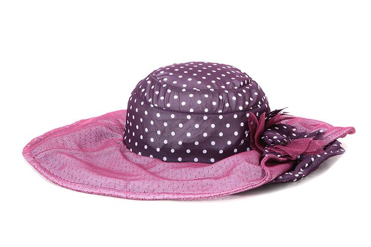 女士帽子搭配技巧?