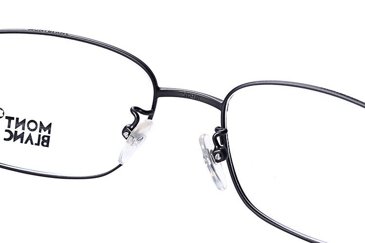 铁灰色边框光学眼镜