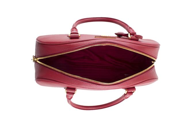prada 普拉达 红色半圆形手提包 bl0852